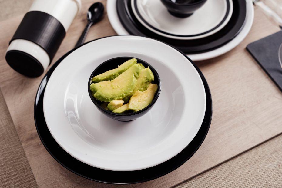 Black and White Dinner Set