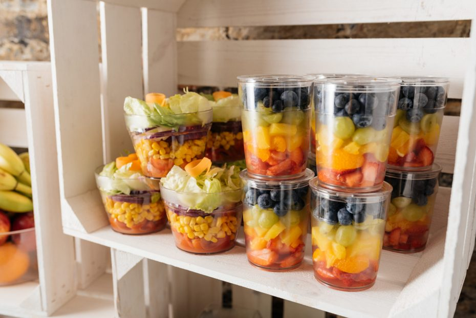 Salads on the go in reusable pots