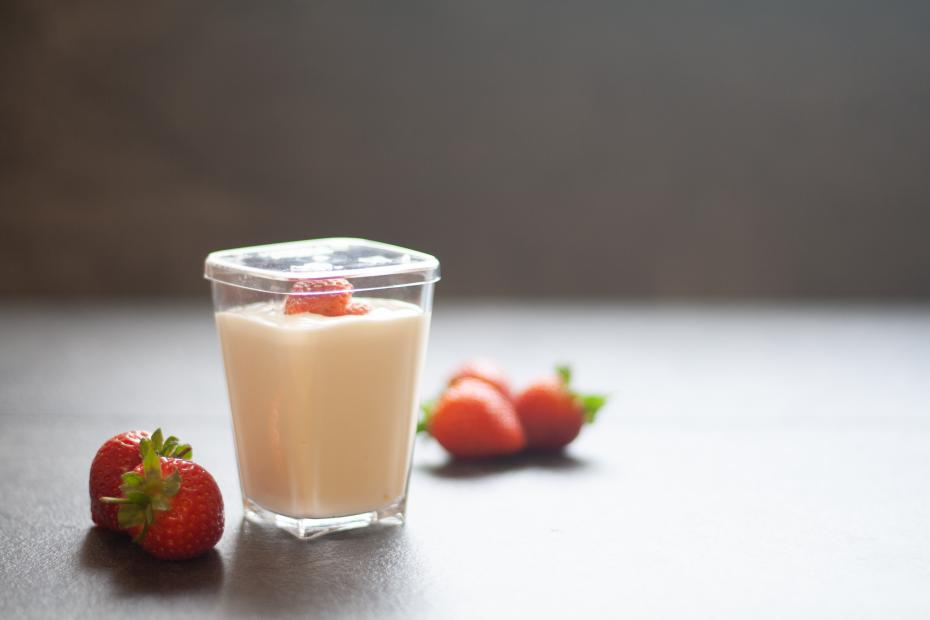 Dessert Pot with Strawberry Yogurt
