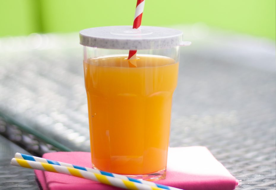 American Style Tumbler with Granite Lid and Straw